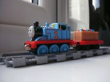 Thomas  & Friends TAKE  AND PLAY ALONG, PARTY THOMAS  DIECAST learning curve