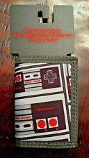 Nintendo Entertainment System tri-fold wallet NES billfold Bioworld