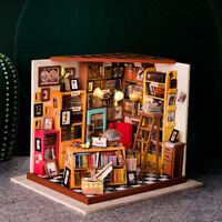 ROBOTIME DIY Dollhouse Library Miniature Books Store Kits Wooden Dollhouse 1:24
