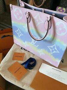 LOUIS VUITTON LV Escale Onthego GM Tote Bag Autres Toiles Monogram Pastel Pink