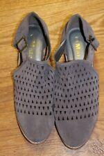 MATA Gray Purple Bootie Cutout Shoes 10 NWOB