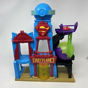 Imaginext Daily Planet Play Set Superman Building 2015 Mattel & DC Comics