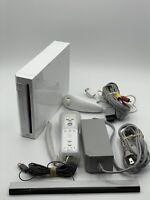 Nintendo Wii Console RVL-001 White Bundle w/ Wii Remote + Nunchuck