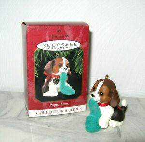1997 Hallmark Beagle Puppy Love Christmas Ornament #7 Dog