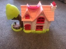 Childrens juego con personajes, animales, Camas Y Mesa Y Sillas