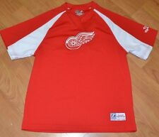 Detroit Red Wings Medium Sewn Short Sleeve Jersey T Shirt NHL Majestic Nice