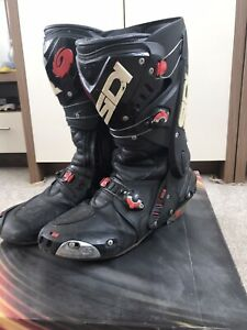 SIDI Vortice Black/Red SPORTS Motorcycle Boots Ideal for Track - SPARES/REPAIRS