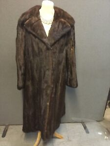 Beautiful Vintage LUXURIOUS  SAGA dark brown MINK Coat full length 1950's