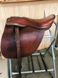 "Rossi CARUSO CUTBACK SADDLE Light BROWN Flat Seat VGC 19 1/2"" Saddleseat Riding"