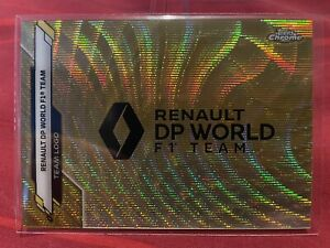Topps Chrome 30/50 F1 Renault Formula One Team Badge Gold Wave Refractor #116