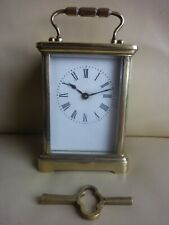 Latón Antiguo Francés carro Reloj Manto
