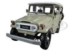 TOYOTA FJ40 FJ 40 BEIGE 1:24 DIECAST MODEL CAR BY MOTORMAX 79323
