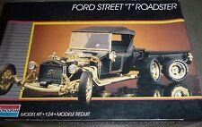MONOGRAM FORD STREET T ROADSTER W/TRAILER Model Car Mountain KIT 1/24 OPEN