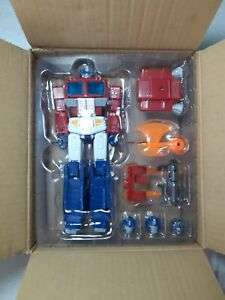 4th Party ( KO ) Transformers Masterpiece MP-44 Optimus Prime