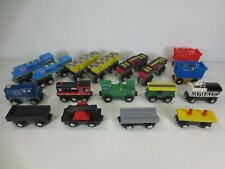 Wooden Magnetic Toy Train Cars lot of 17 Pieces