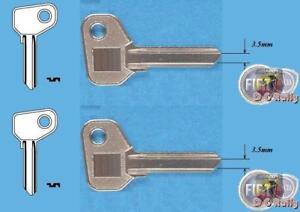 2x 3.5mm Fiat Alfa Detomaso Ferrari Iveco Moto Guzzi X1/9 Key Blank