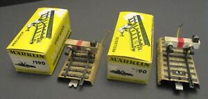 A PAIR OF MARKLIN M TRACK 7191 END STOP BUMPER WITH LIGHT