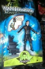 VAN HELSING MONSTER SLAYER FIGURE DRACULA , UNOPENED. FROM JAKKS