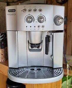De'Longhi Magnifica, Automatic Bean to Cup Coffee Machine, Espresso, Cappuccino,