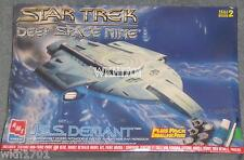 Star Trek Deep Space Nine Uss Defiant Ncc-74205 Plus Pack Model Kit Misb Ds9