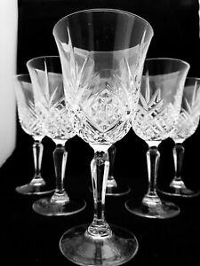 STUNNING VINTAGE SET OF 6 LEAD CUT  CRYSTAL  WINE GLASSES (A1)
