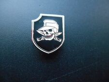 DEATH HEAD & DAGGERS SHIELD BADGE ISD