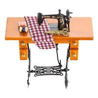 1:12 Mini Möbel Nähmaschine mit Stoff Puppenstube Neu Puppenhaus Miniatur D1E8
