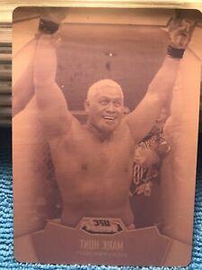 2012 Topps UFC Finest Mark Hunt 1/1 Magenta Printing Plate