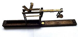 Antique Sprung Loaded Wooden Box Brass Folding Guinea/Sovereign Scales