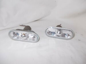 VW GOLF MK 4,POLO 9N & OTHERS PAIR OF CRYSTAL CLEAR SIDE REPEATERS & BULBS 04 YR