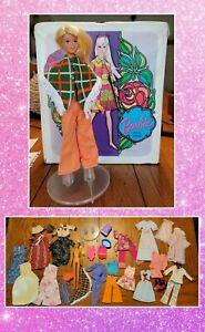 WOW ! VTG lot 1960's barbie, clothes, accessories & case