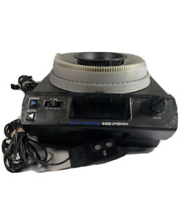 KODAK 4400 Carousel Slide Projector W/ 140 Tray , Manual , Lamp & Lens Tested!!