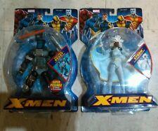 2005 Toy Biz Marvel Legends X-Men Classics Storm (White)BEAST TECH GEAR Package