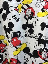 New Disney Women's Size Large Sweatshirt Crewneck Mickey Mouse-CUTE