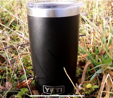 Yeti Rambler 20 oz Tumbler Stainless Steel Vacuum Insulated with MagSlider Lid