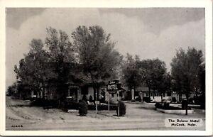 Postcard DeLuxe Motel in McCook, Nebraska~2996