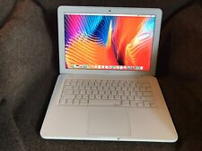 Apple MacBook 2.40GHz Core 2 Duo 500GB HDD 4GB RAM 13-inch Mid 2010 - White
