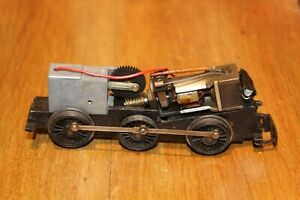 TRIANG OO GAUGE CHASSIS WITH MOTOR AND SMOKE UNIT