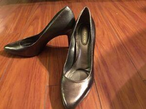Women's Enzo Angiolini bronze shoes