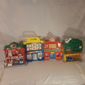 RARE Fisher Price Little People Learn About Town foldable collectable