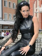 Ledertop cuero top negro sin mangas, hecha a medida