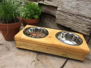 Country style Chunky Wooden Raised Twin Dog/Cat Bowl - Animal Pet Feeder