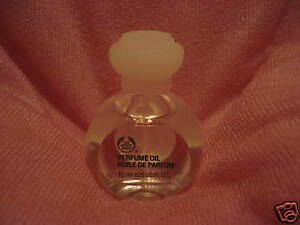 The body shop PERFUME OIL - VANILLA 15 ML.