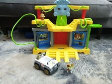 Paw Patrol Jungle Rescue Monkey Temple and Tracker