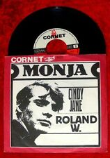 Single Roland W. Monja