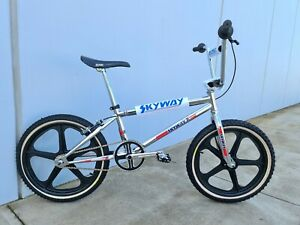Skyways TR BMX - new in the box