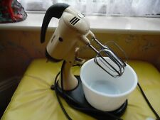 VINTAGE SUNBEAM MIXMASTER FOOD MIXER WITH TWO BEATERS GLASS BOWL & STAND