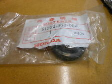 NOS Honda Dust Seal CB450 CB550 CB750 CBX CB500 GL1100 91252-300-003