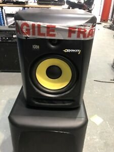 KRK RP8 G3 Speaker cabinet only - No woofer or tweeter