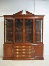 Henredon Chippendale China Cabinet Hutch Breakfront Display